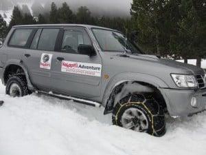 4x4_Jeep_Snow_4