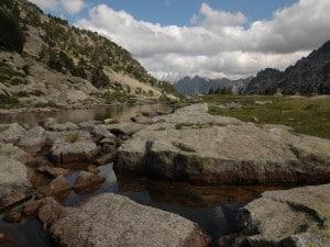 פארק הלאומי אגוואסטורטס בהרי הפירנאים, להגיע רק דרך הרגליים